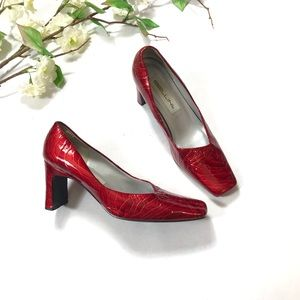 "MBillini ""Margie"" Women's Square Toe Pump Heels"